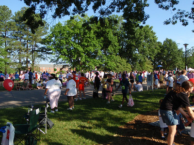 Folks on Meredith College campus for race