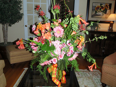 A lovely flower arrangement for Wendy's 12th anniversary celebration.