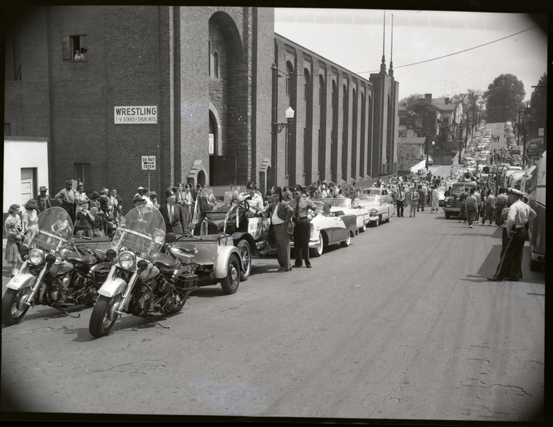 1950's Shriner's Parade  (09680)