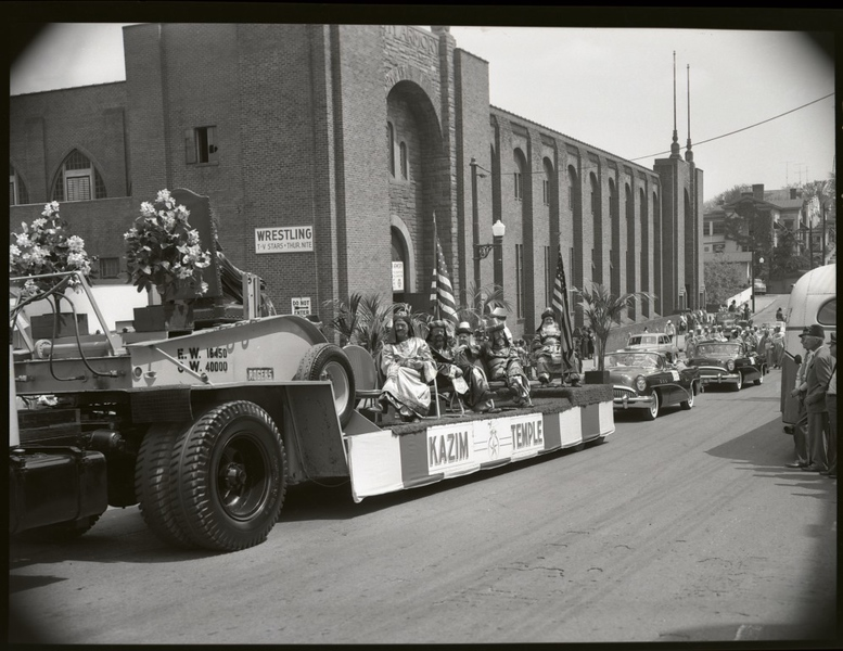1950's Shriner's Parade  (09684)