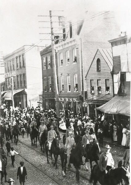 Confederate Reunion Parade III (07408)