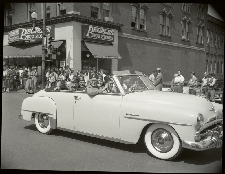 1950's Shriner's Parade (09679)