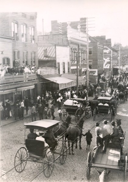 Confederate Reunion Parade II (07407)
