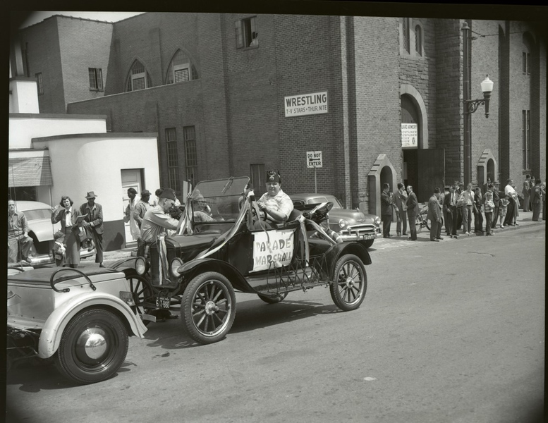 1950's Shriner's Parade  (09686)