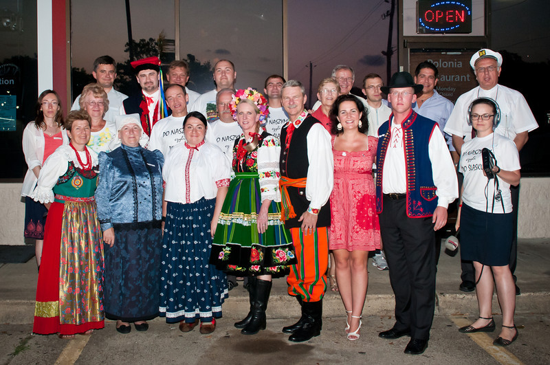Group photo in front of Polonia Restaurant