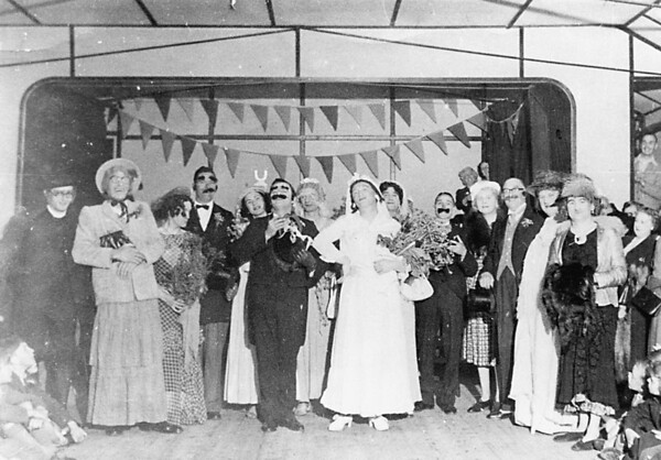 <font size=3><u> - Coronation Year 1953 -  </u></font> (BS0016)  A Mock Wedding was held in the Village Hall.