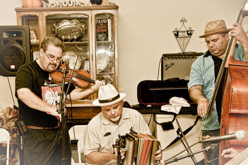Brian Marshall, Frank Motley and Rob Jewett play an old Polish tune