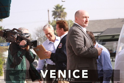 12 03 08  Arnold Schwarzenegger returns to Muscle Beach   Venice, Ca   Photo by Venice Paparazzi (27)