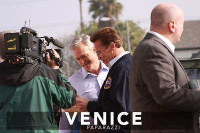 12 03 08  Arnold Schwarzenegger returns to Muscle Beach   Venice, Ca   Photo by Venice Paparazzi (29)
