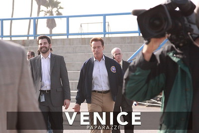 12 03 08  Arnold Schwarzenegger returns to Muscle Beach   Venice, Ca   Photo by Venice Paparazzi (3)