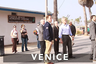 12 03 08  Arnold Schwarzenegger returns to Muscle Beach   Venice, Ca   Photo by Venice Paparazzi (16)