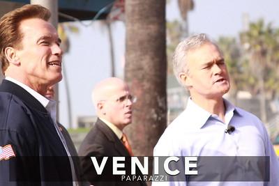 12 03 08  Arnold Schwarzenegger returns to Muscle Beach   Venice, Ca   Photo by Venice Paparazzi (14)