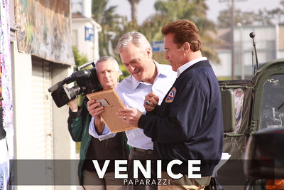 12 03 08  Arnold Schwarzenegger returns to Muscle Beach   Venice, Ca   Photo by Venice Paparazzi (24)