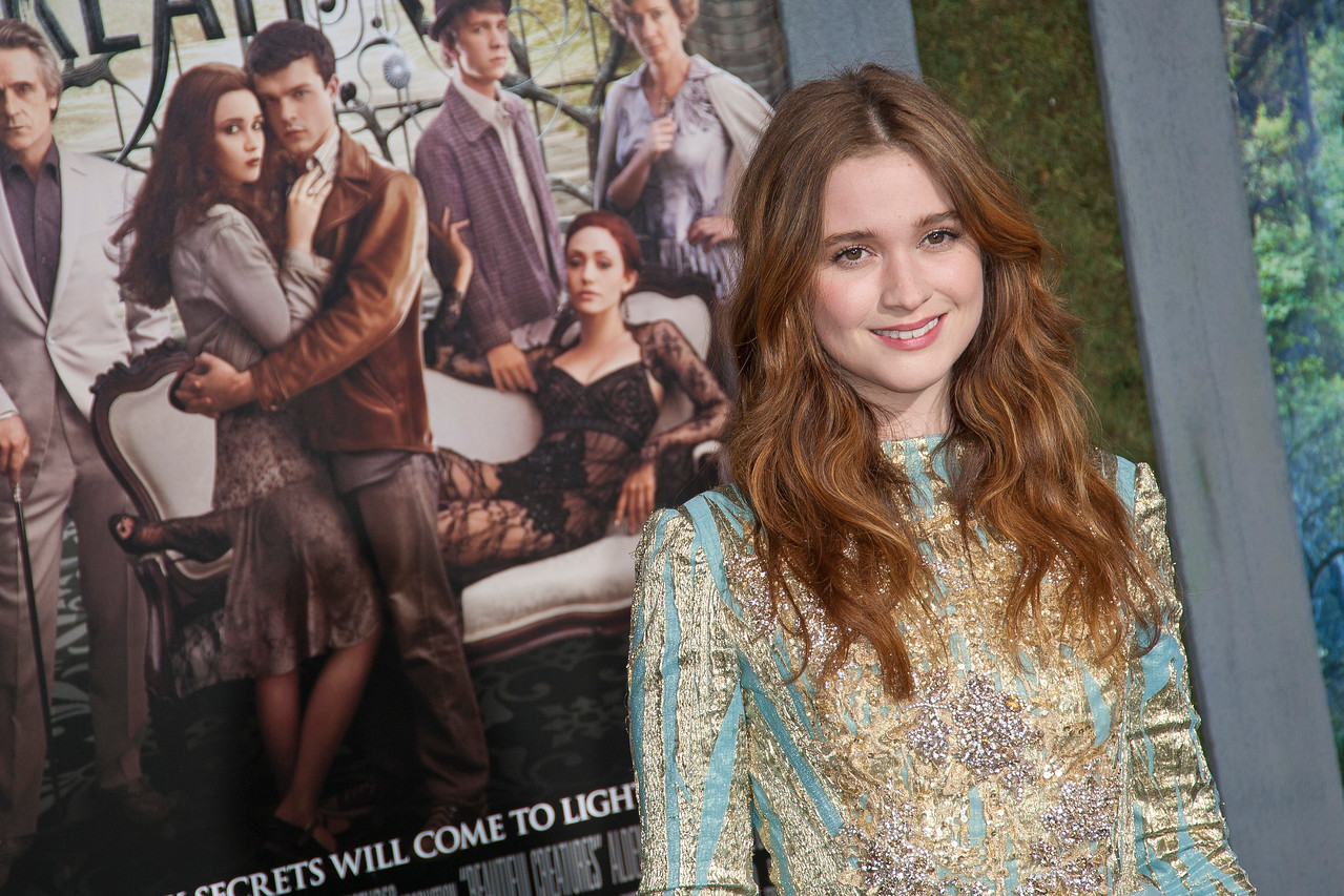 HOLLYWOOD, CA - FEBRUARY 06: Actress Alice Englert attends the Los Angeles premiere of Warner Bros. Pictures' 'Beautiful Creatures' at TCL Chinese Theatre on Wednesday February 6, 2013 in Hollywood, California. (Photo by Tom Sorensen/Moovieboy Pictures)