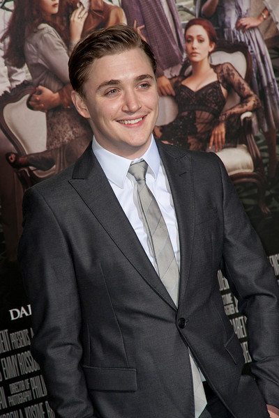 HOLLYWOOD, CA - FEBRUARY 06: Actor Kyle Gallner attends the Los Angeles premiere of Warner Bros. Pictures' 'Beautiful Creatures' at TCL Chinese Theatre on Wednesday February 6, 2013 in Hollywood, California. (Photo by Tom Sorensen/Moovieboy Pictures)