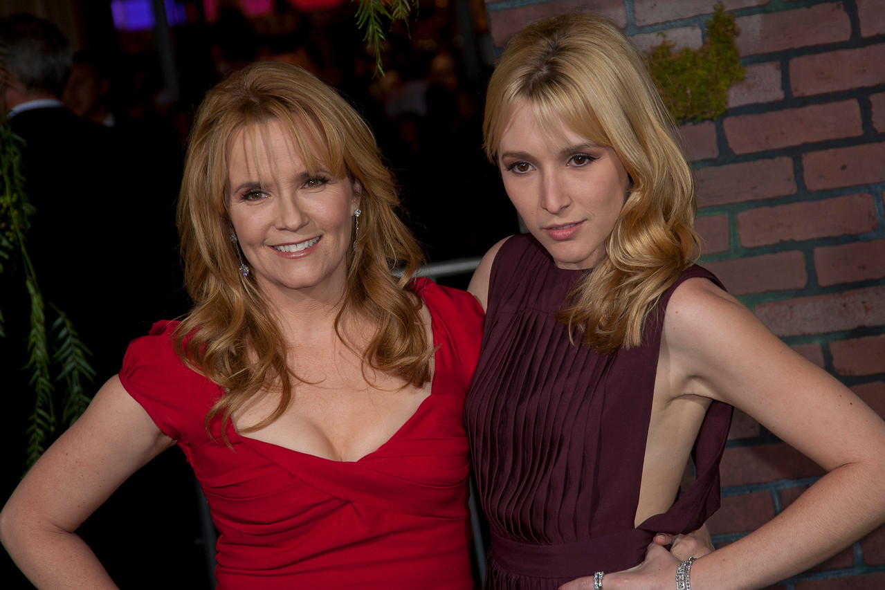 HOLLYWOOD, CA - FEBRUARY 06: Actress Lea Thompson and daughter Madelyn Deutch attend the Los Angeles premiere of Warner Bros. Pictures' 'Beautiful Creatures' at TCL Chinese Theatre on Wednesday February 6, 2013 in Hollywood, California. (Photo by Tom Sorensen/Moovieboy Pictures)