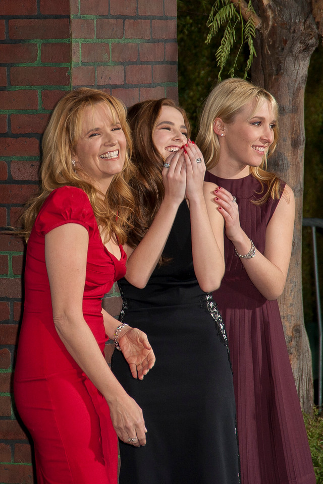HOLLYWOOD, CA - FEBRUARY 06: L-R Actreses Lea Thompson and her daughters Zoey Deutch and Madelyn Deutch attend the Los Angeles premiere of Warner Bros. Pictures' 'Beautiful Creatures' at TCL Chinese Theatre on Wednesday February 6, 2013 in Hollywood, California. (Photo by Tom Sorensen/Moovieboy Pictures)