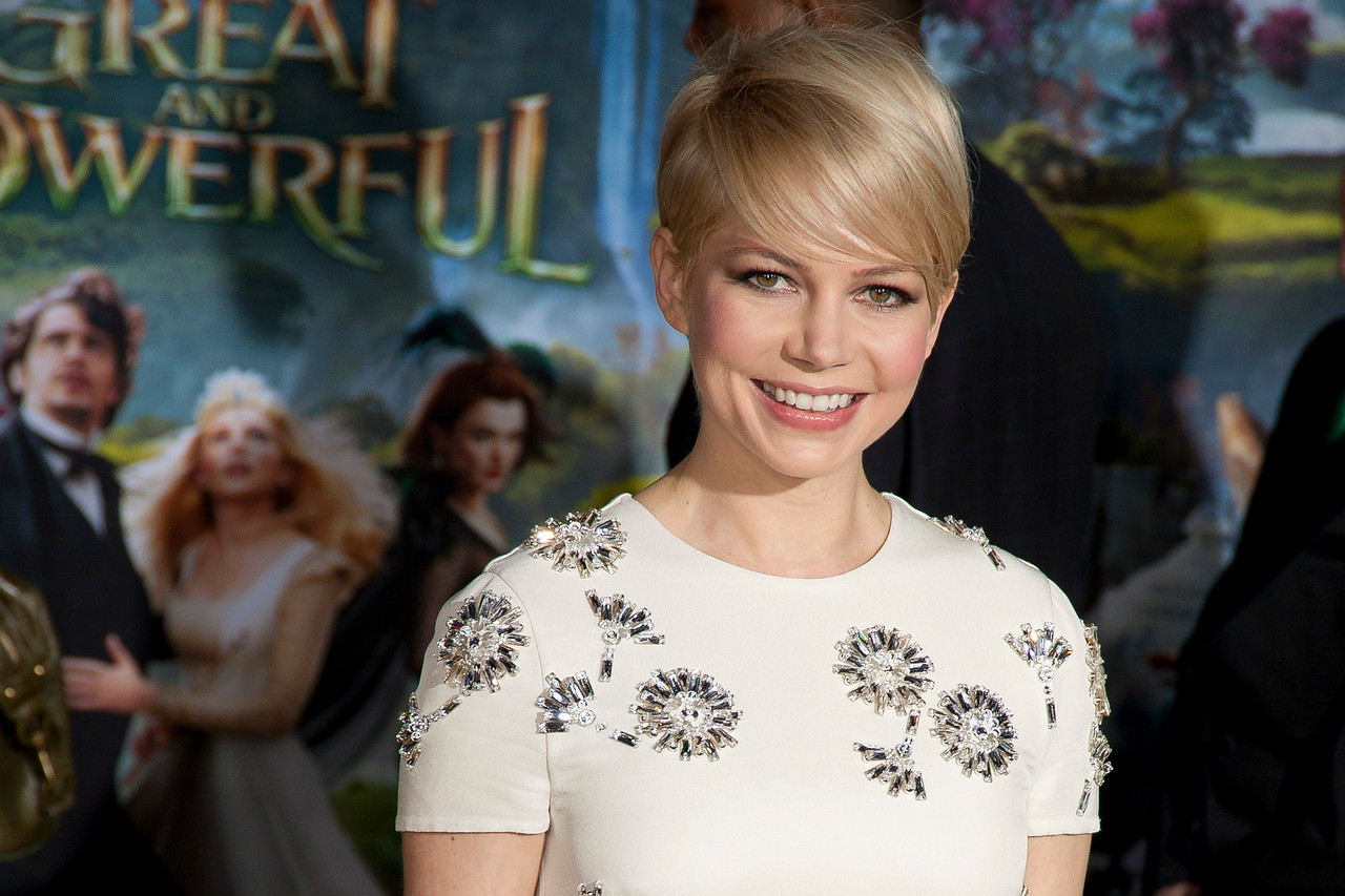 HOLLYWOOD; CA - FEBRUARY 13: Actress Michelle Williams arrives at the world premiere of Walt Disney Pictures' 'Oz The Great And Powerful' at the El Capitan Theatre on Wednesday February 13; 2013 in Hollywood; California. (Photo by Tom Sorensen/Moovieboy Pictures)