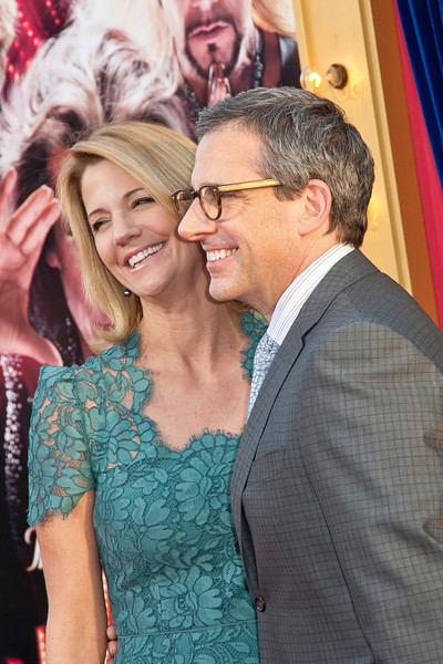 HOLLYWOOD, CA - MARCH 11: Nancy Carell (L) and actor Steve Carell attend the premiere of Warner Bros. Pictures' 'The Incredible Burt Wonderstone' at TCL Chinese Theatre on Monday, March 11, 2013 in Hollywood, California. (Photo by Tom Sorensen/Moovieboy Pictures)