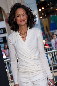 HOLLYWOOD, CA - APRIL 09: Actress Anne-Marie Johnson attends the Los Angeles Premiere of Warner Bros. Pictures' and Legendary Pictures' '42' at TCL Chinese Theatre on Tuesday, April 9, 2013 in Hollywood, California. (Photo by Tom Sorensen/Moovieboy Pictures)