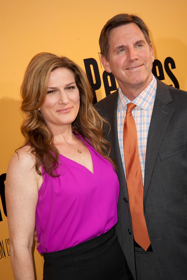 HOLLYWOOD, CA - MAY 08: Actress Ana Gasteyer and guest attend the premiere of 'Peeples' presented by Lionsgate Film and Tyler Perry at ArcLight Hollywood on Wednesday, May 8, 2013 in Hollywood, California. (Photo by Tom Sorensen/Moovieboy Pictures)