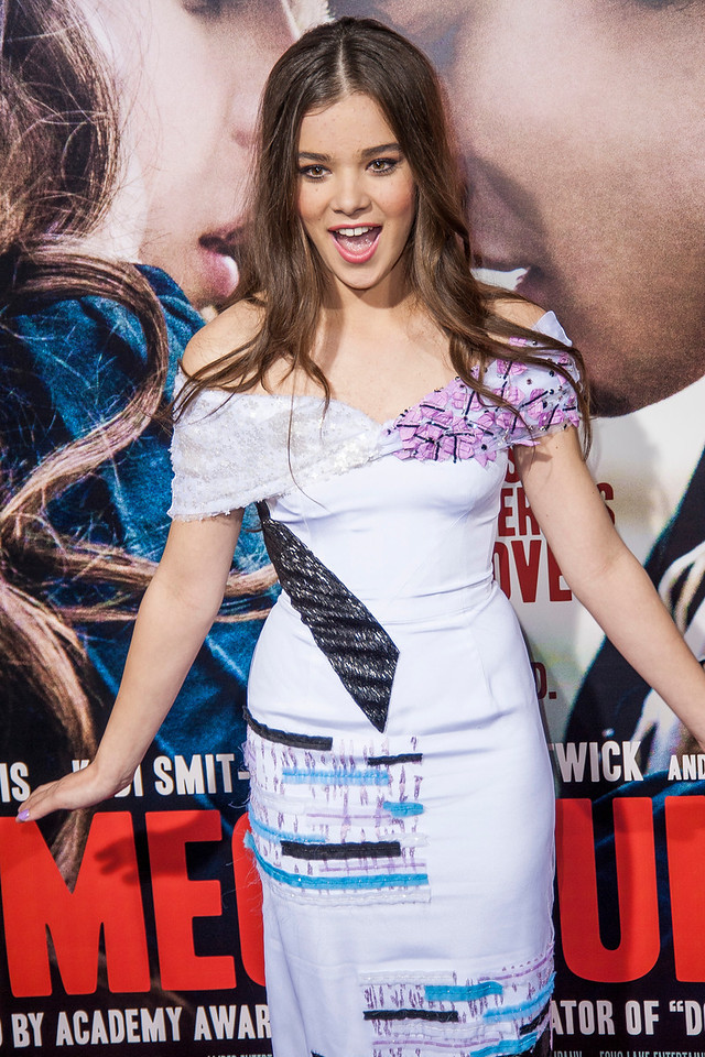 HOLLYWOOD, CA - SEPTEMBER 24: Actress Hailee Steinfeld arrives at the premiere of Relativity Media's 'Romeo & Juliet' at ArcLight Hollywood on Tuesday, September 24, 2013 in Hollywood, California. (Photo by Tom Sorensen/Moovieboy Pictures)