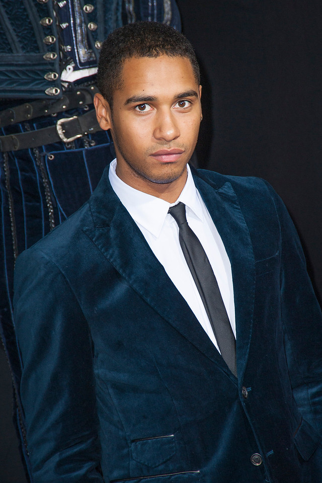 HOLLYWOOD, CA - SEPTEMBER 24: Actor Elliot Knight arrives at the premiere of Relativity Media's 'Romeo & Juliet' at ArcLight Hollywood on Tuesday, September 24, 2013 in Hollywood, California. (Photo by Tom Sorensen/Moovieboy Pictures)