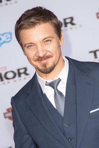 HOLLYWOOD, CA - NOVEMBER 04: Actor Jeremy Renner arrives at the premiere of Marvel's 'Thor: The Dark World' at the El Capitan Theatre on Monday, November 4, 2013 in Hollywood, California. (Photo by Tom Sorensen/Moovieboy Pictures)