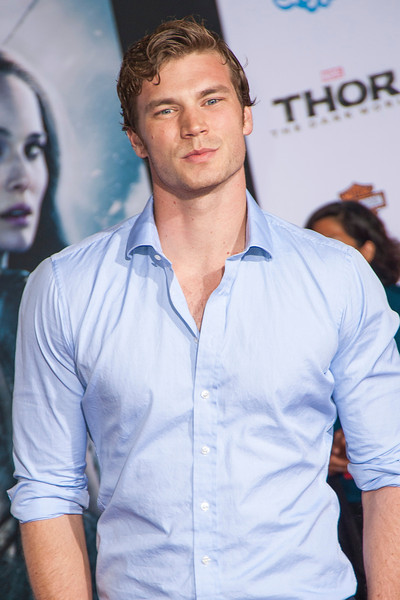 HOLLYWOOD, CA - NOVEMBER 04: Actor  Derek Theler arrives at the premiere of Marvel's 'Thor: The Dark World' at the El Capitan Theatre on Monday, November 4, 2013 in Hollywood, California. (Photo by Tom Sorensen/Moovieboy Pictures)