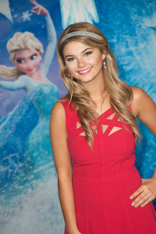 HOLLYWOOD, CA - NOVEMBER 19: Actress Stefanie Scott arrives at the premiere of Walt Disney Animation Studios' 'Frozen'at the El Capitan Theatre on Tuesday, November 19, 2013 in Hollywood, California. (Photo by Tom Sorensen/Moovieboy Pictures)
