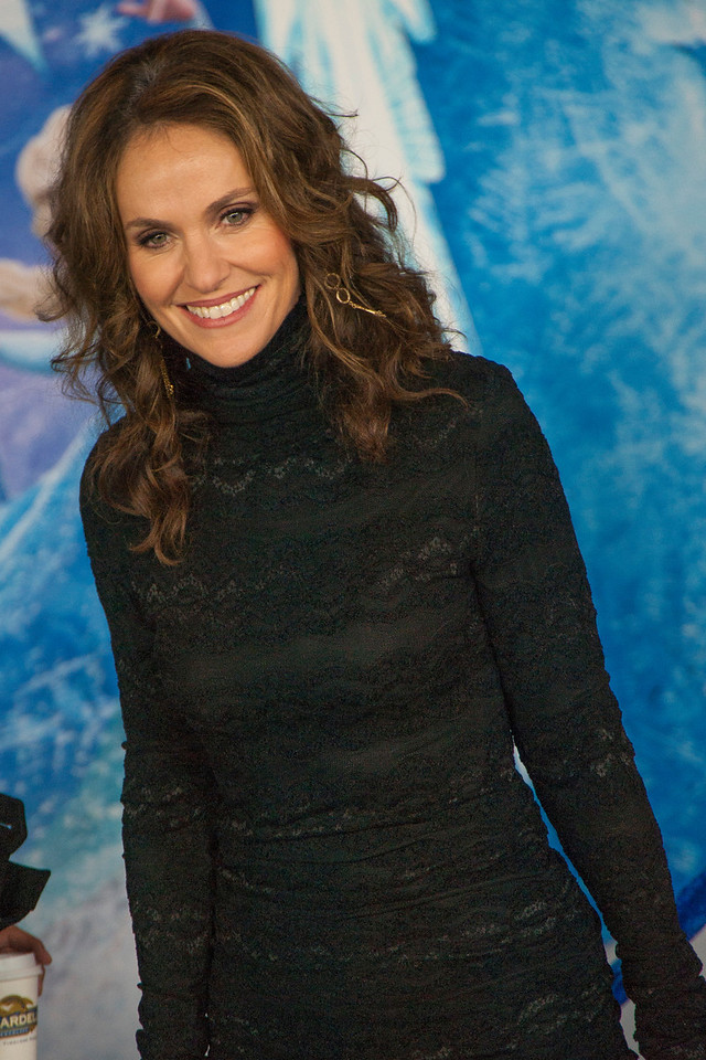 HOLLYWOOD, CA - NOVEMBER 19: Actress Amy Brenneman arrives at the premiere of Walt Disney Animation Studios' 'Frozen'at the El Capitan Theatre on Tuesday, November 19, 2013 in Hollywood, California. (Photo by Tom Sorensen/Moovieboy Pictures)