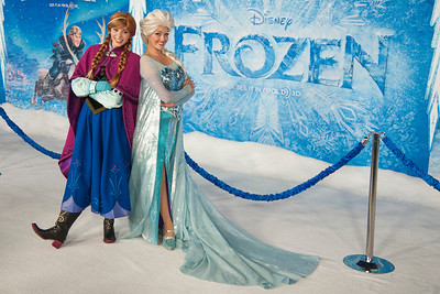 HOLLYWOOD, CA - NOVEMBER 19: Atmosphere at the premiere of Walt Disney Animation Studios' 'Frozen'at the El Capitan Theatre on Tuesday, November 19, 2013 in Hollywood, California. (Photo by Tom Sorensen/Moovieboy Pictures)