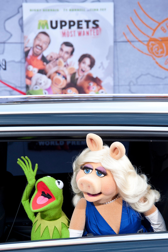 HOLLYWOOD, CA - MARCH 11: Muppet characters Kermit the Frog and Miss Piggy arrive for the premiere of Disney's 'Muppets Most Wanted' at the El Capitan Theatre on Tuesday March 11, 2014 in Hollywood, California. (Photo by Tom Sorensen/Moovieboy Pictures)
