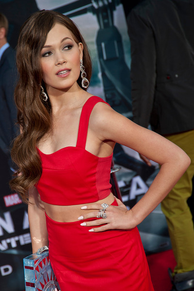 HOLLYWOOD, CA - MARCH 13: Actress Kelli Berglund arrives at Marvel's 'Captain America: The Winter Soldier' premiere at the El Capitan Theatre onThursday,  March 13, 2014 in Hollywood, California. (Photo by Tom Sorensen/Moovieboy Pictures)