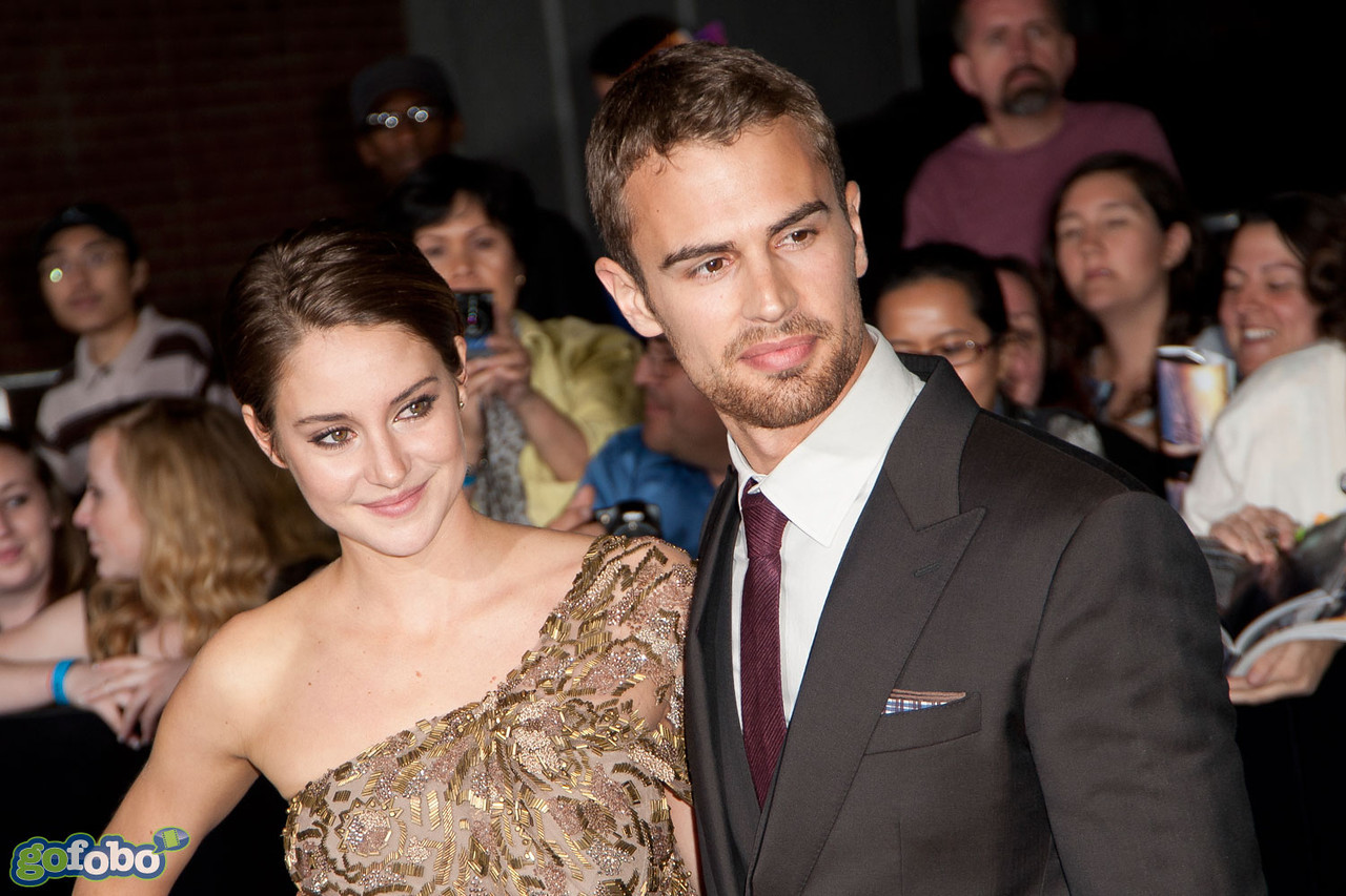 LOS ANGELES, CA - MARCH 18: Actors Shailene Woodley and Theo James arrive at the premiere of Summit Entertainment's 'Divergent' at the Regency Bruin Theatre on Tuesday, March 18, 2014 in Los Angeles, California. (Photo by Tom Sorensen/Moovieboy Pictures)