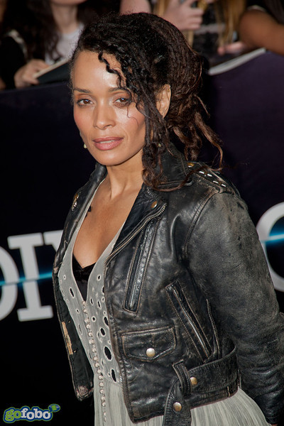 LOS ANGELES, CA - MARCH 18: Actress Lisa Bonet arrives at the premiere of Summit Entertainment's 'Divergent' at the Regency Bruin Theatre on Tuesday, March 18, 2014 in Los Angeles, California. (Photo by Tom Sorensen/Moovieboy Pictures)