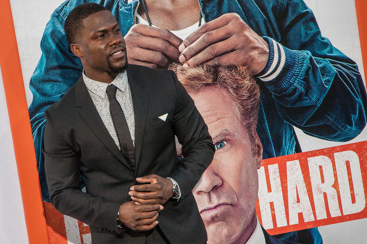 LOS ANGELES, CA - MARCH 25: Actor Kevin Hart arrives at the premiere of Warner Bros. Pictures' 'Get Hard' at the Chinese Theatre on March 25, 2015 in Los Angeles, California. (Photo by Tom Sorensen/Moovieboy Pictures)