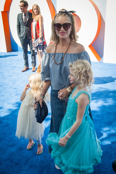 WESTWOOD, CA - SEPTEMBER 17: Actress Rebecca Gayheart (C) and her daughters, Billie Dane (L) and Georgia Dane, attend the premiere of Warner Bros. Pictures' 'Storks' at Regency Village Theatre on Saturday September 17, 2016 in Westwood, California. (Photo by Tom Sorensen/Moovieboy Pictures)
