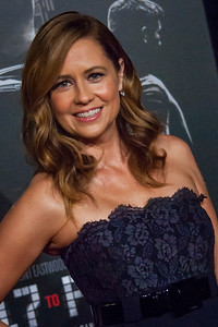 Actress Jenna Fischer attends the premiere of Warner Bros. Pictures' 'The 15:17 to Paris' at Warner Bros. Studios on Monday, February 5, 2018 in Burbank, California. (Photo by Tom Sorensen/Moovieboy Pictures)