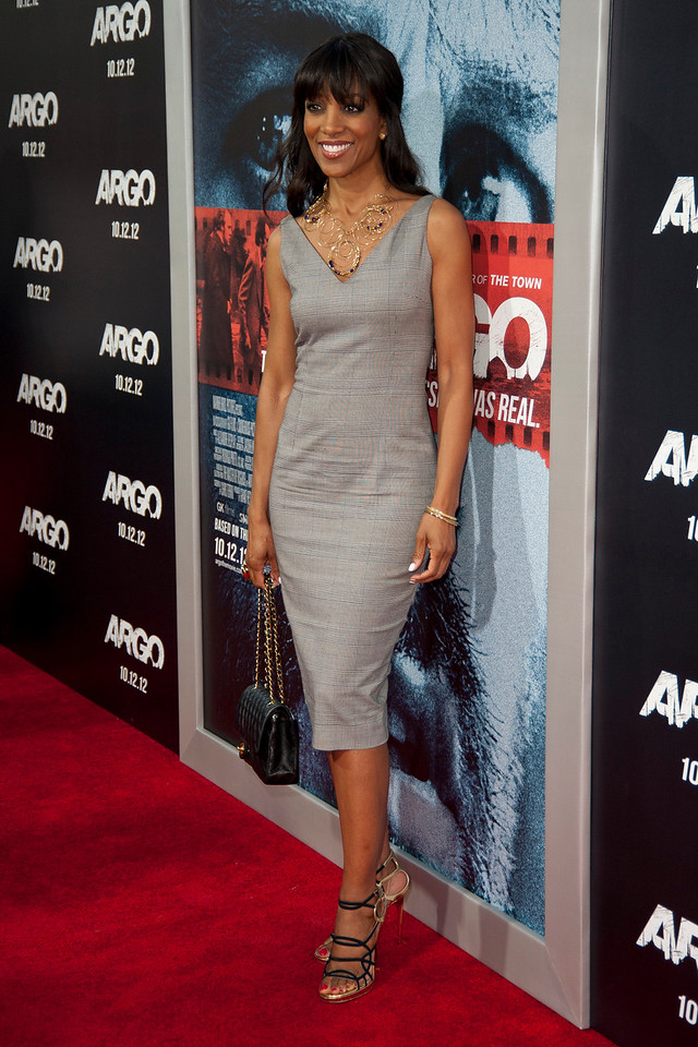 """BEVERLY HILLS, CA - OCTOBER 04: TV personality Shaun Robinson arrives at the premiere of Warner Bros. Pictures' """"Argo"""" at AMPAS Samuel Goldwyn Theater onThursday, October 4, 2012 in Beverly Hills, California. (Photo by Tom Sorensen/Moovieboy Pictures)"""