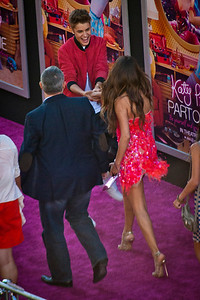 HOLLYWOOD, CA - JUNE 26: Singers Justin Bieber and Selena Gomez arrive at the premiere of Paramount Insurge's 'Katy Perry: Part Of Me' held at Grauman's Chinese Theatre on June 26, 2012 in Hollywood, California. (Photo by Tom Sorensen/Moovieboy Pictures)