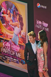 HOLLYWOOD, CA - JUNE 26: Actor Seth Green (L) and Clare Grant arrive at the premiere of Paramount Insurge's 'Katy Perry: Part Of Me' held at Grauman's Chinese Theatre on June 26, 2012 in Hollywood, California. (Photo by Tom Sorensen/Moovieboy Pictures)