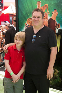 UNIVERSAL CITY, CA - AUGUST 05: Actor Jeff Garlin and guest arrive at the premiere of Focus Features' 'ParaNorman' at Universal CityWalk on Sunday, August 5, 2012 in Universal City, California. (Photo by Tom Sorensen/Moovieboy Pictures)