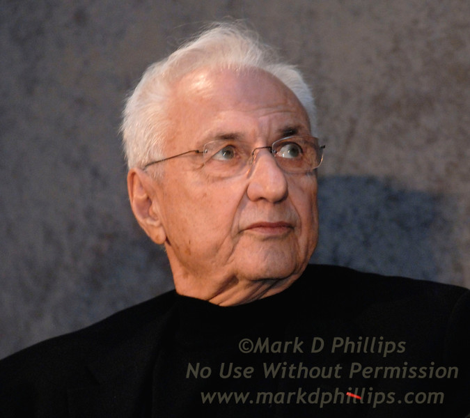 Frank Gehry, architect, at the Brooklyn Museum on January 18, 2007, during the press conference announcing Barclays purchase of the name rights.