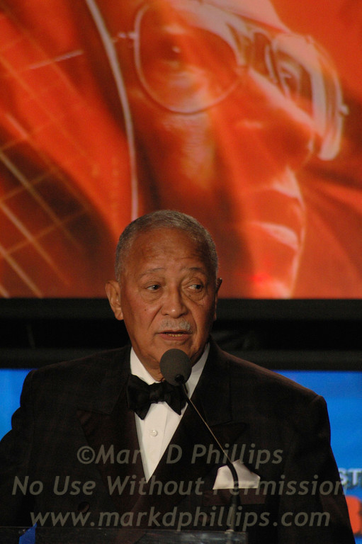 Former New York City Mayor David Dinkins speaks at Sportsball 2005.