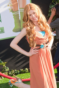 HOLLYWOOD, CA - AUGUST 06: Actress Katherine McNamara arrives at the 'The Odd Life Of Timothy Green' - Los Angeles Premiere at the El Capitan Theatre on Monday, August 6, 2012 in Hollywood, California. (Photo by Tom Sorensen/Moovieboy Pictures)
