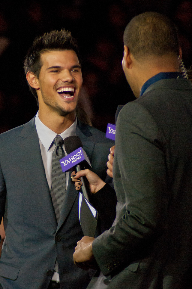LOS ANGELES, CA - NOVEMBER 12: Actor Taylor Lautner arrives at the premiere of Summit Entertainment's 'The Twilight Saga: Breaking Dawn - Part 2' at Nokia Theatre L.A. Live on Monday, November 12, 2012 in Los Angeles, California. (Photo by Tom Sorensen/Moovieboy Pictures)
