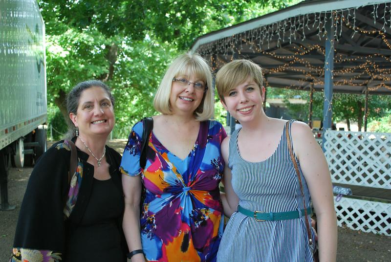 Donna Johnson_Janice and Rachel Woody