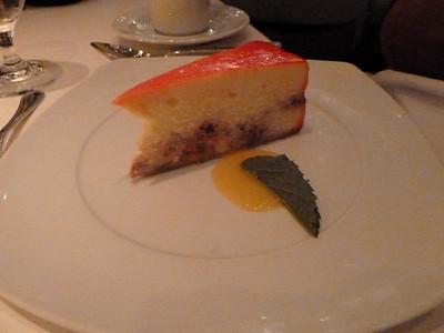 Raspberry cheesecake with mango coulis