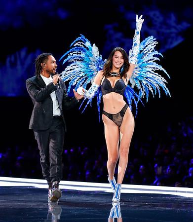 Bella Hadid and Miguel